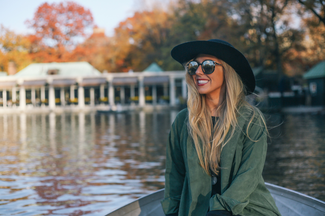 beyond-blessed-row-boats-in-central-park-4